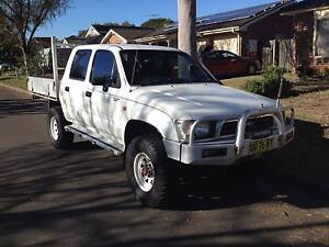 Toyota Hilux 4x4 Dual Cab Ute 2000 Model registered 6 months Wattle Grove Liverpool Area Preview