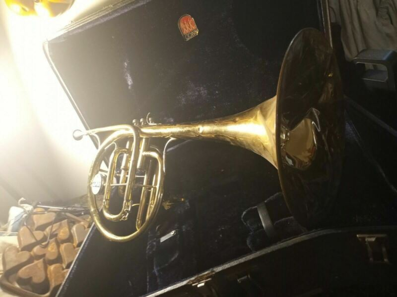 Conn  Marching Mellophone for refurbishment, Case Mouth piece