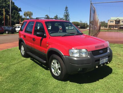 2001 FORD ESCAPE XLT 4X4 AUTO WAGON $3999 (ATTENTION BACKPACKERS)