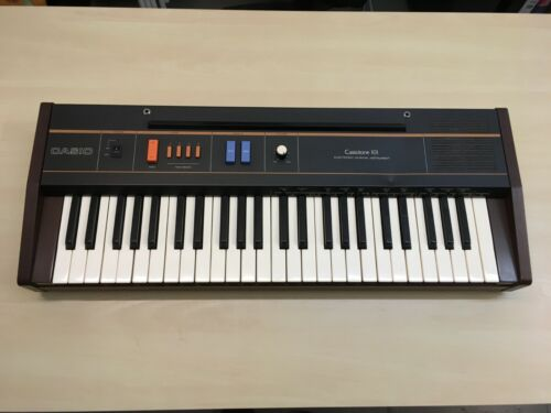 Casio Casiotone 101 Synthesizer