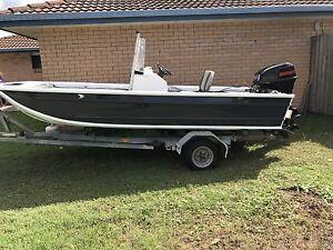 Boat & trailer Daisy Hill Logan Area Preview
