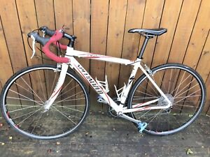 Specialized Allez road bike -52/small rides like new!