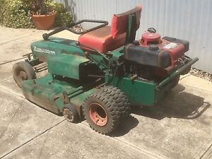 Ride on lawnmower 360 deutcher Holden Hill Tea Tree Gully Area Preview