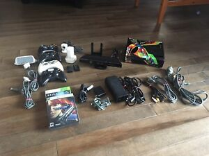 Xbox 360 pack - console, Kinect, controllers