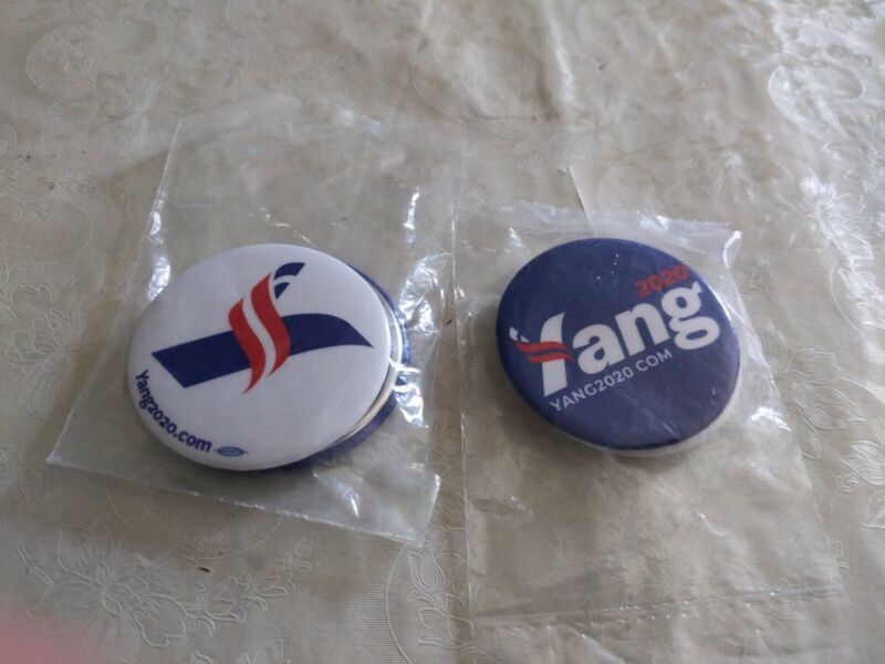 ANDREW YANG Official 2020 President Campaign Button Pin LOGO WHITE BLUE 2 PACK
