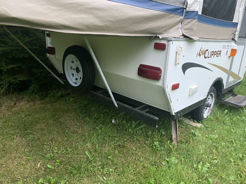 Trailer Ac Unit >> 2006 Clipper Pop Up Trailer With Ac Unit Brought From Usa