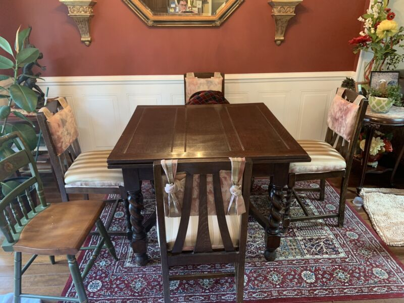 English Antique Oak Barley Twist Draw Leaf Dining Table and 4 Chairs