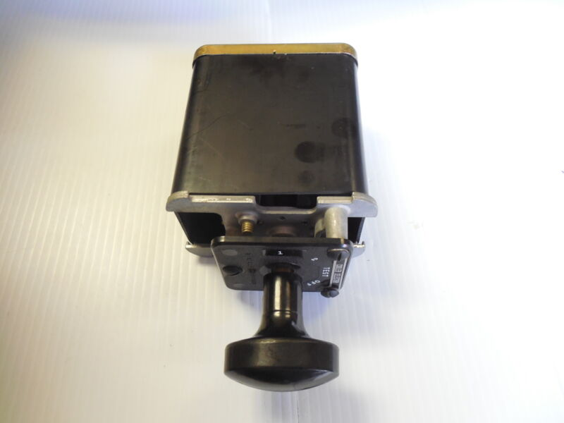 NEW GENERAL ELECTRIC CONTROL SWITCH 16SB1DB487SSM2V