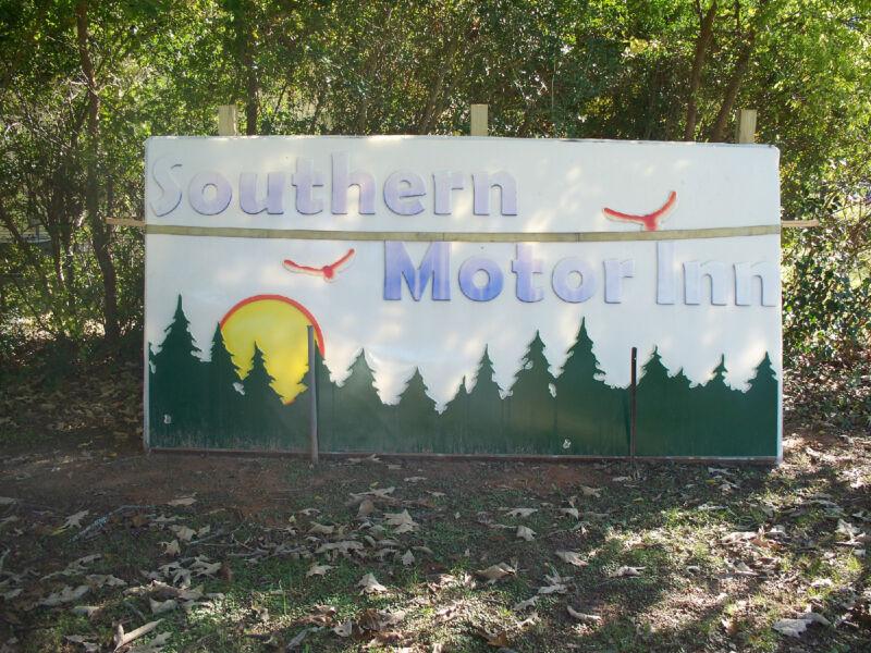 Southern Motor Inn  Motel Sign  1960