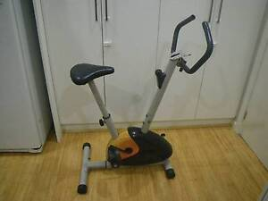AERIAL UPRIGHT MAGNETIC EXERCISE BIKE HOME FITNESS GYM SPIN CYCLE Malvern East Stonnington Area Preview