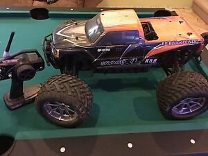 HPI Savage Flux With TCS XL 5mm Plates $Extra$ Bodies and Wheels