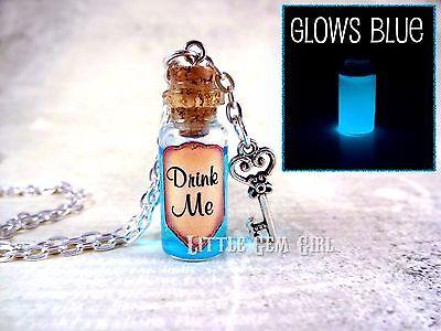 Glow In The Dark Drinking Glasses (Glow in the Dark Drink Me Alice in Wonderland Mini Glass Bottle Necklace)