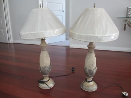 2X MODERN TABLE LAMPS