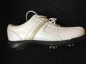 Souliers de golf pour femme
