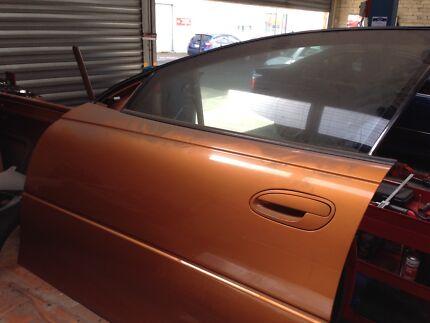 Holden vu vx left front door