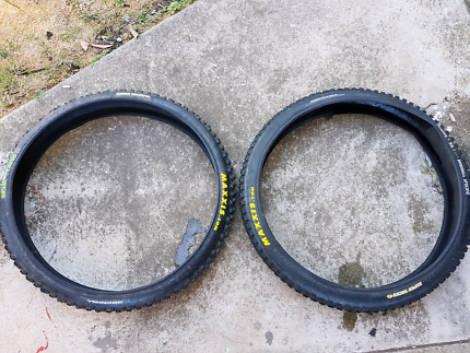 Maxxis Swamp Thing Tyres x 2
