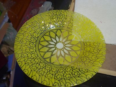 Beautiful Sydenstricker Yellow Stained Glass Plate