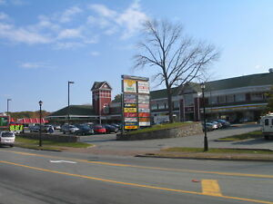 Retail/Office Spaces in Busy Retail Complex in Bedford