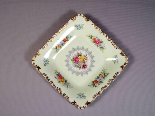 Shelley Crochet Sandwich Snack Cake Platter Tray Dish Bone China RARE 13341