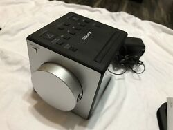 Sony ICF-C1PJ AM/FM Dual Alarm Clock Radio Nature Sound Time Projection NO BOX