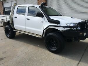 2011 Hilux 80,000km Fyshwick South Canberra Preview