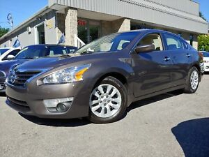 Nissan Altima 2.5 S -- BLUETOOTH - A/C - CRUISE --