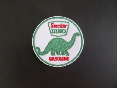 "DINO ""SINCLAIR"" GAS & OIL GREEN &WHITE EMBROIDERED IRON ON PATCHES 2-3/4 X 2-3/4"