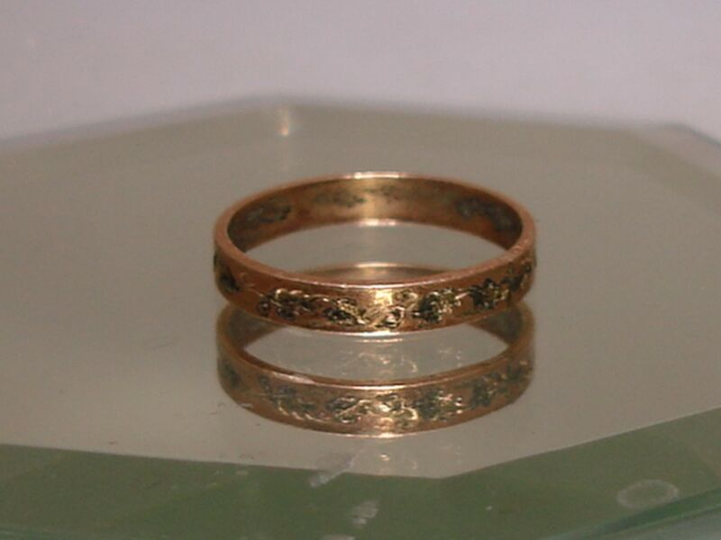 PRETTY ORNATE ANTIQUE ROSE GOLD FILLED W/GRAPE LEAVES BABY RING!