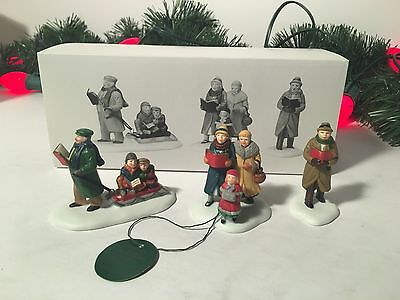 NEW DEPARTMENT 56 THE HERITAGE VILLAGE COLLECTION CAROLING THRU THE CITY #5548-4