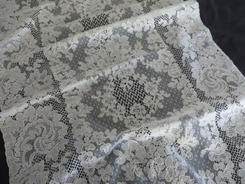 Vtg French ALENCON LACE Long Runner Needle Lace Flowers Swirling Leaves 42 X 16