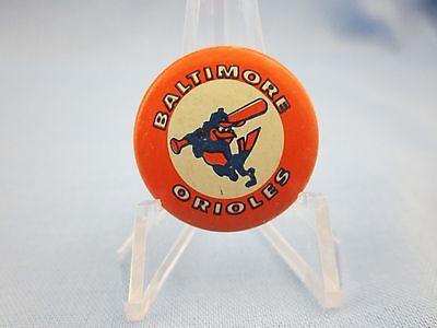 "VINTAGE 1960's...""BALTIMORE ORIOLES""  BASEBALL PINBACK BUTTON...(FREE SHIP)"