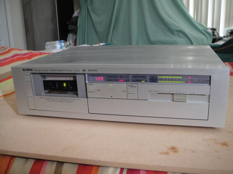 YAMAHA Natural Sound Stereo Cassette Deck K-1000 w/ Cable Remote 3 Head Hi end