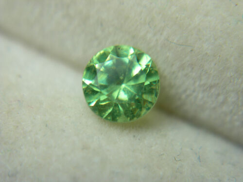 rare Russian Demantoid Garnet diamond cut Natural GENUINE Russia Green 0.32ct