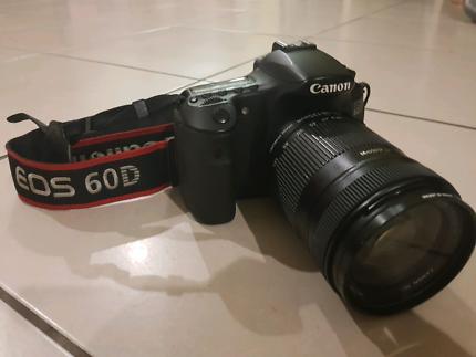 Canon E03 60D Camera