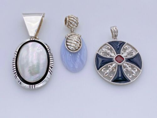 STERLING SILVER 925 MOTHER OF PEARL, GARNET, & AGATE OVAL ROUND PENDANTS LOT