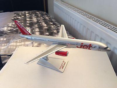Jet2 Com Model Aircraft Boeing 757 Plane New