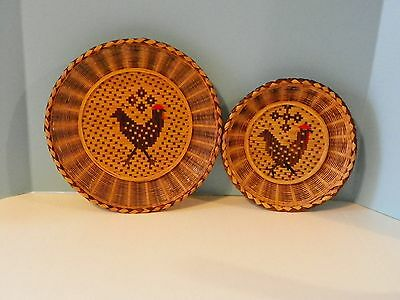 2 Basket woven wicker wall hanging light and dark brown with chicken design