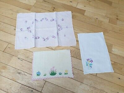Assortment of Vintage Linen Place Mats