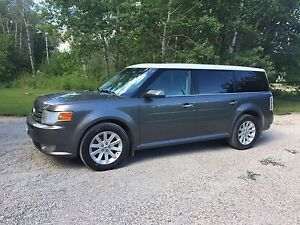 PRICE REDUCED 2009 Ford Flex SEL