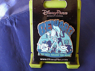 Disney * HAUNTED MANSION TOY STORY - A TOY WILL FOLLOW YOU HOME *New Trading Pin