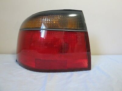 98 99 00 01 02 03 04 Cadillac Seville Outer CORNER Tail Light Left DRIVER OEM GM