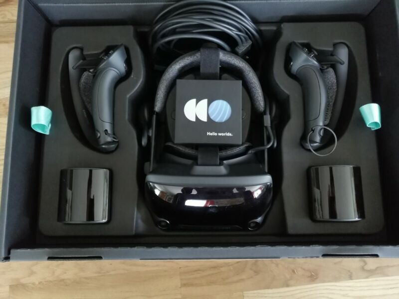 Valve Index Full VR Kit for PC - Includes Everything - Excellent condition
