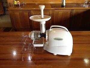 Compact  Cold Press Juicer Glenning Valley Wyong Area Preview