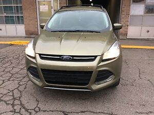 2013 ford escape awd with two year powertrain warranty
