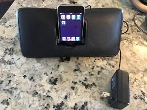 Ipod touch + docking station/stereo
