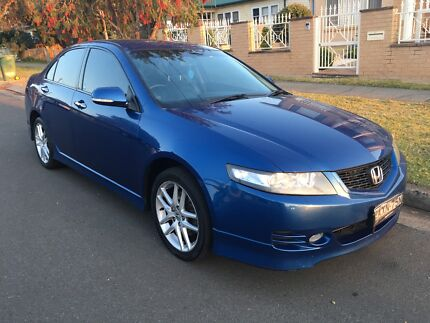2006 HONDA ACCORD EURO SPORT AUTO WITH LEATHER!!!!