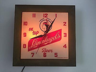 Vintage Lighted Leinenkugel ON TAP Beer Clock Wisconsin Leinies Indian *WORKS*