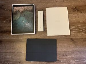 iPad Pro 2nd Gen 64GB Wifi and Cellular with extended warranty!