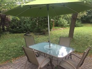 Patio Dining Table & 6 Chairs