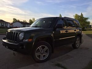 2008 Jeep Patriot lifted